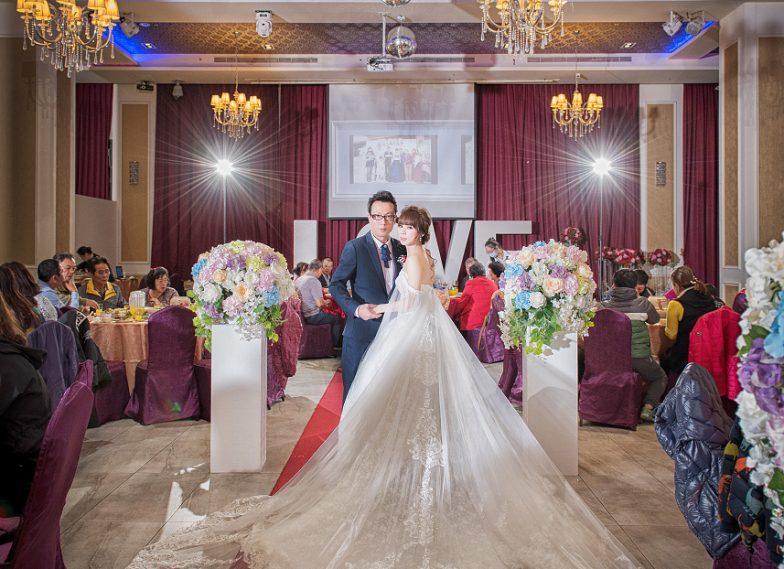 婚攝/太平婚攝/婚禮攝影/婚禮紀錄/│ 騫慧+世峯-台中太平賀緹酒店結婚紀錄