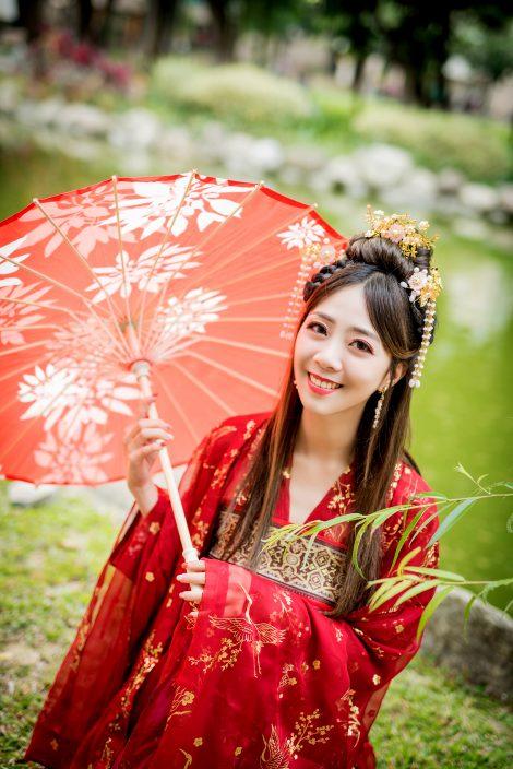 中式漢服寫真/古裝包套寫真服務/台中漢服寫真/女攝影師/客製化拍攝