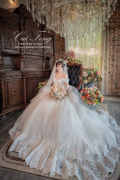愛麗絲的天空婚紗基地/台中婚紗/自助婚紗包套/台中婚紗寫真/客製化攝影服務/愛麗絲的天空/愛麗絲婚紗基地雙人婚紗/夢幻城堡婚紗